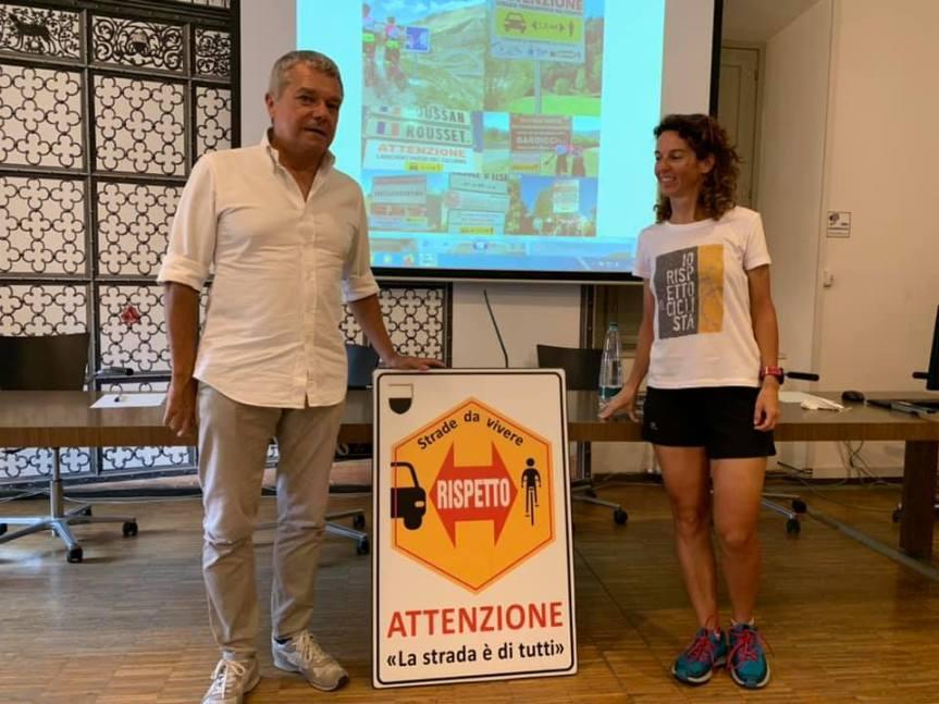"""Siena: Verranno posizionati cartelli """"salva ciclisti"""" sulle strade delsenese"""