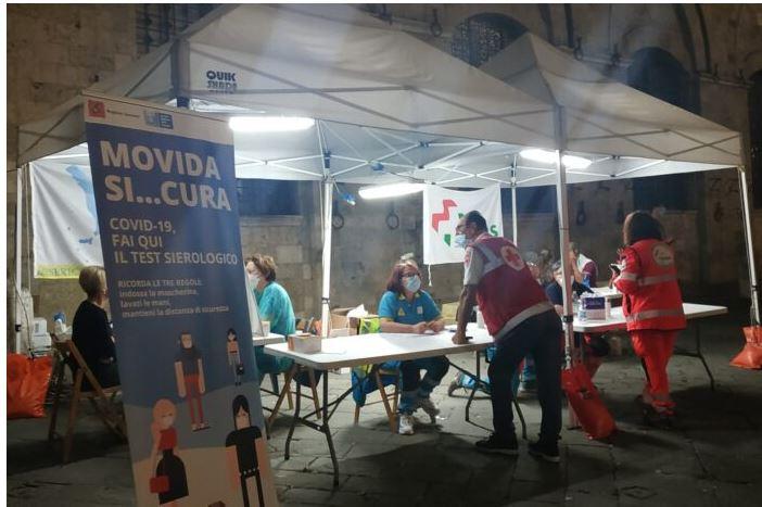 Siena: Test anti Covid. E la Piazza si mette infila