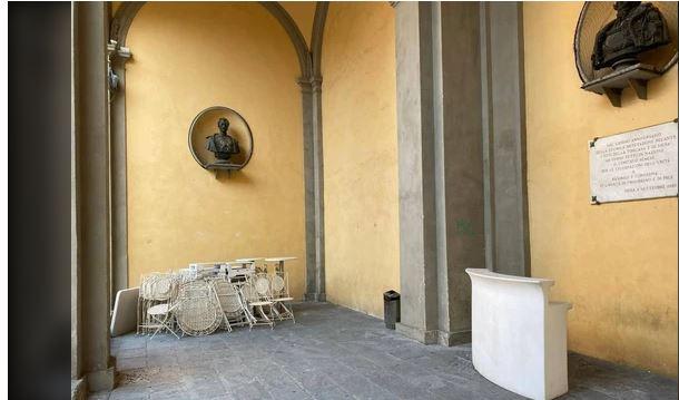 """Siena: """"Luogo storico in città ridotto a un magazzino"""""""