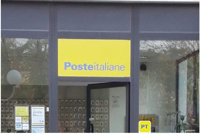 """Toscana, Poste, la denuncia: """"Ancora troppiassembramenti"""""""