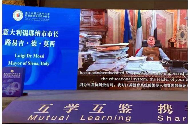 Siena: Luigi De Mossi interviene via streaming all'International Forum for School Principals diNanchino