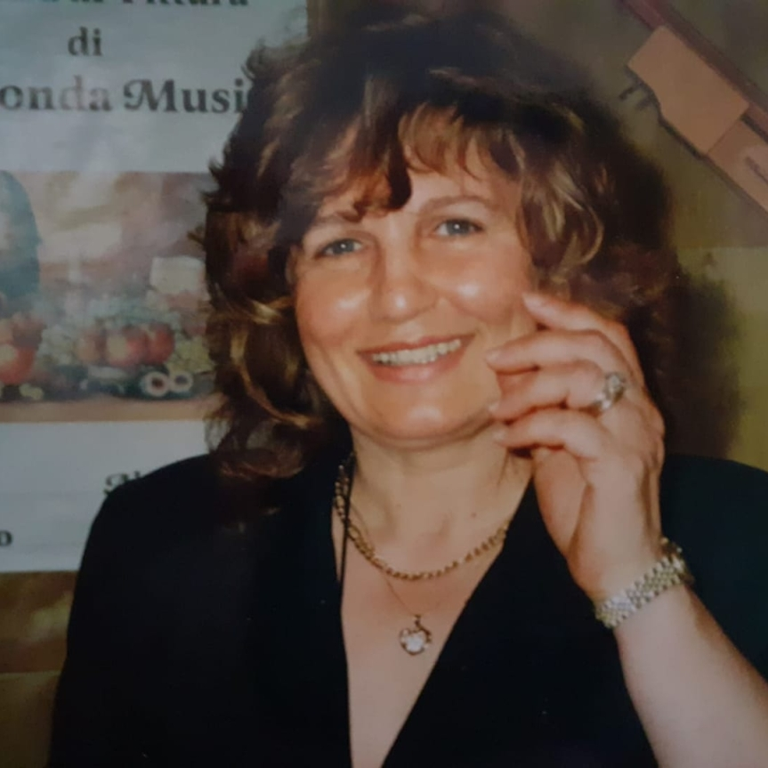 Provincia di Siena: Muore in un incidente stradale l'artista GiocondaMusio