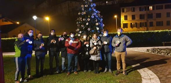 palio di Feltre: Oggi 13/12 è stato allestito l'Albero diNatale