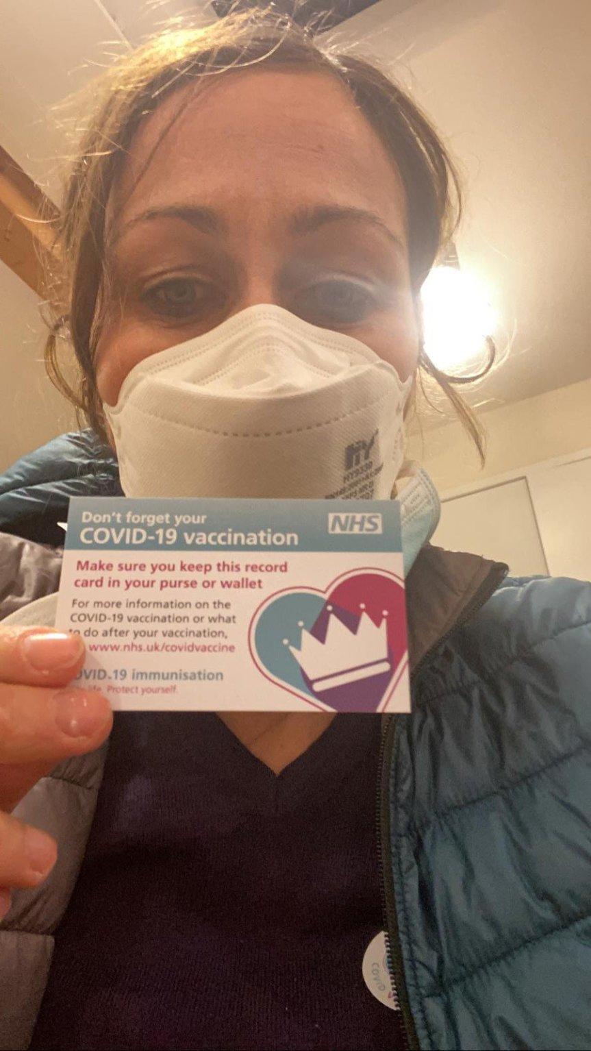 Siena, Contrada della Tartuca: È Tartuchina la prima senese vaccinata contro ilCOVID-19