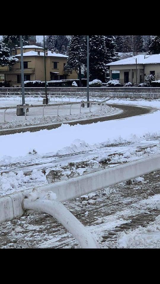 Ippica, Varese: Annullato per neve il convegno di Corse di domani30/12