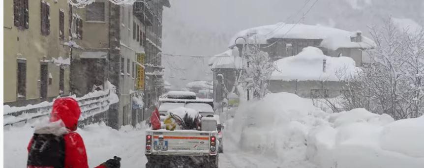 Toscana, Abetone: Oggi 06/01  la nevicata si fafittissima