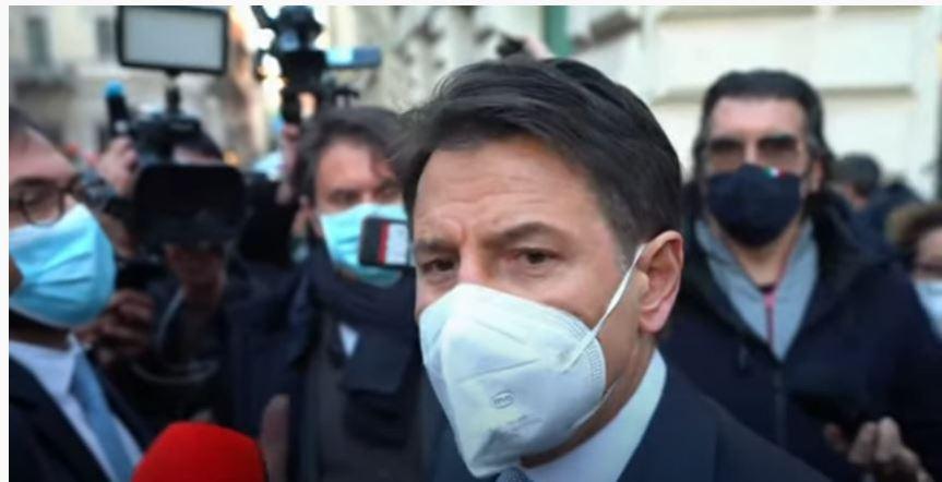 """Italia: """"Si apre e si chiude con noi…"""" Conte affondato con unafrase"""