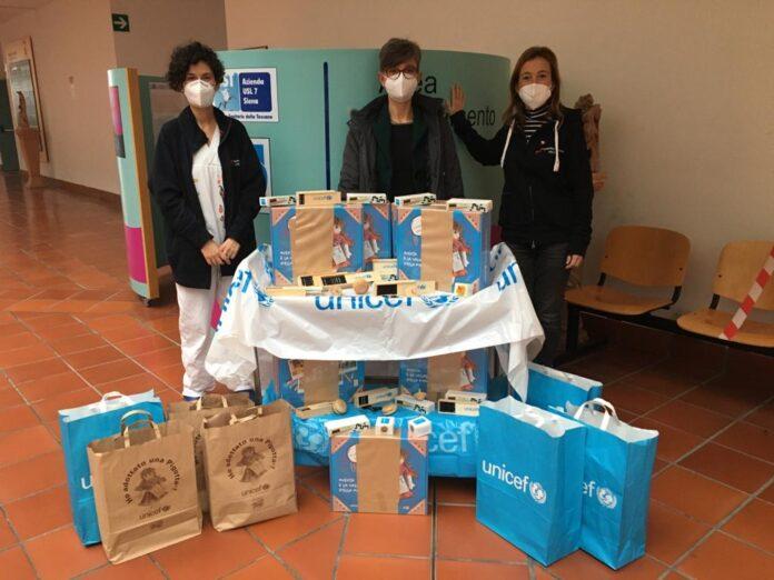 Provincia di Siena: I 'regali sospesi' dell'Unicef alla Pediatria e Neonatologia diNottola