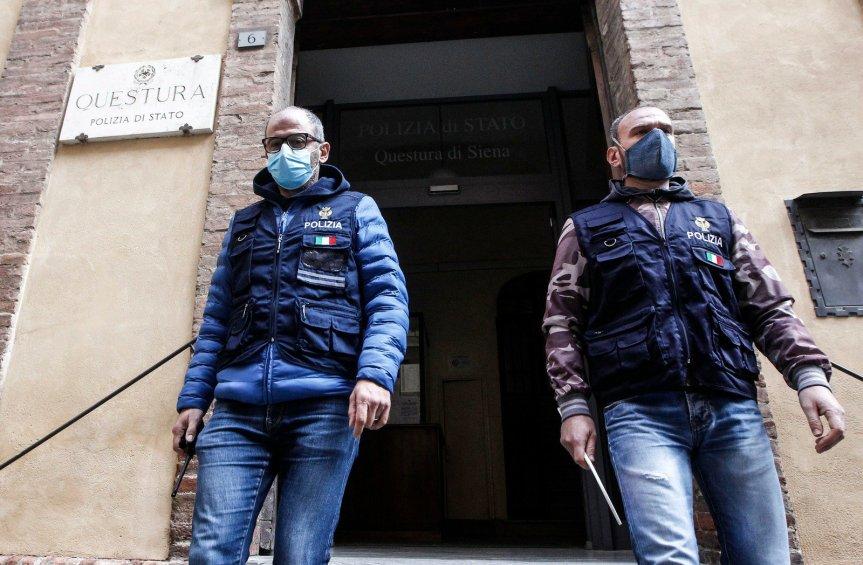Siena, Violenta e maltratta la moglie per anni anche davanti alle figlie minori:Allontanato