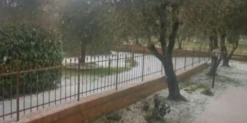 Siena: Oggi 06/01 super grandinata ha invasato lacittà