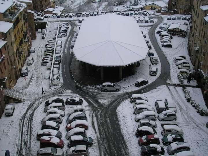 Toscana: Neve, codice arancione per quasi tutta laRegione