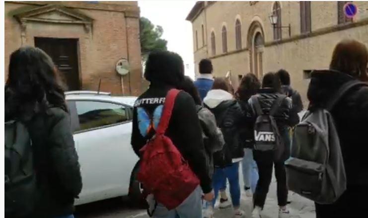 """Siena, In 33mila verso le superiori: Giani, Nardini e Lorenzo Baglioni invitano a """"sceltagiusta"""""""