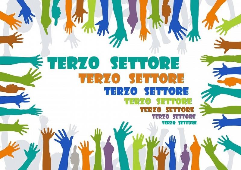 Toscana: Covid, circoli e associazioni tornano a somministrare cibi ebevande