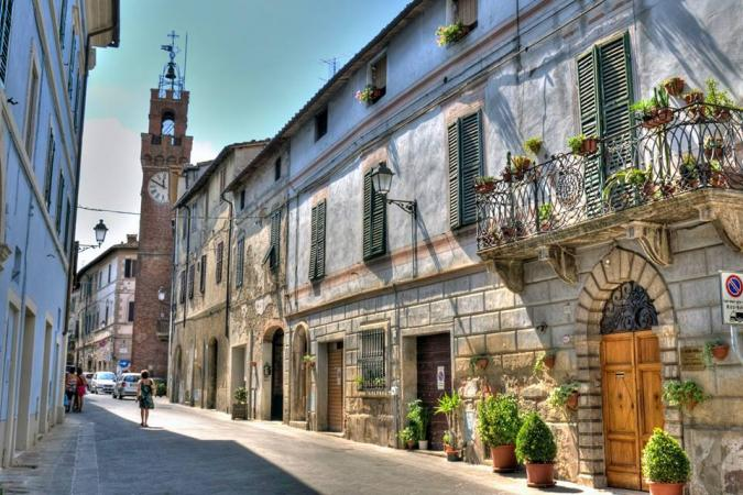Provincia di Siena, Asciano riscopre la sua storia: Otto video per raccontare l'antico percorso deimulini