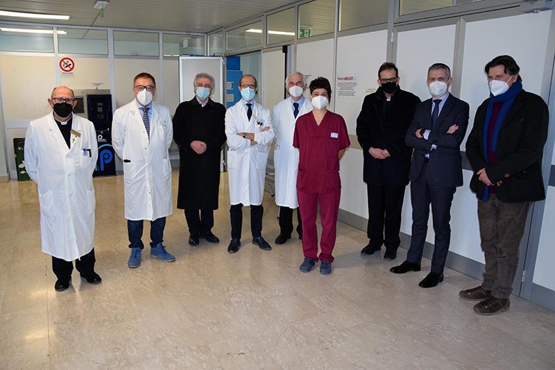 Siena: Giornata mondiale del Malato, il cardinale Augusto Paolo Lojudice in visita all'ospedale Santa Maria alleScotte