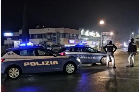 Siena: Si è svegliato il 20enne salvato dai poliziotti con un massaggiocardiaco