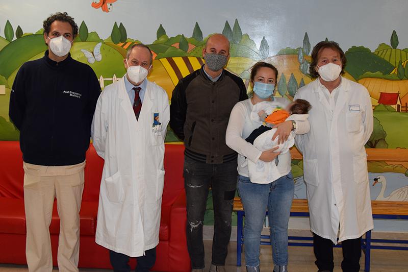 Siena: Neonato salvato grazie ad un grande lavoro di squadra: aveva un'ernia diaframmatica e una grave ipoplasia di entrambi i polmoni, è stato operato edimesso