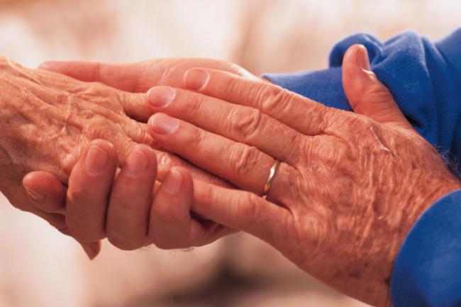 Toscana: Caregiver, quasi 5 milioni di euro per chi assiste un familiaremalato
