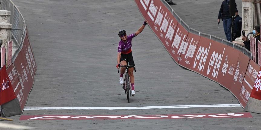 Siena: Chantal van Den Broek-Blaak vince la Strade Bianchedonne