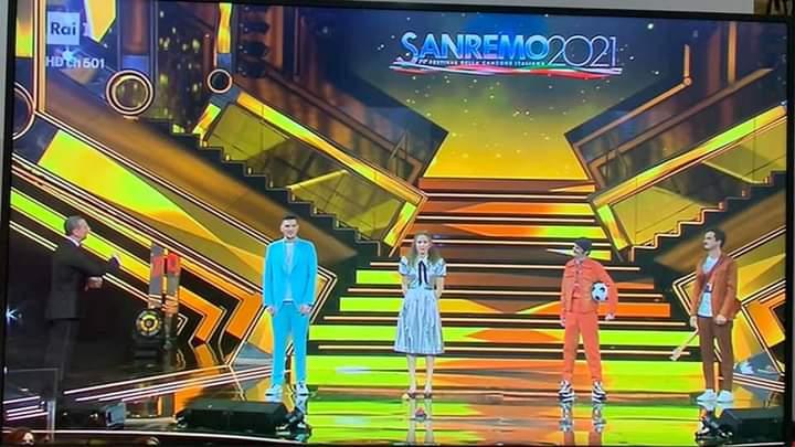 """Italia, Sanremo 2021, """"Irama non è in quarantena"""": Bomba sul Festival durante la finalissima, Amadeus come laspiega?"""
