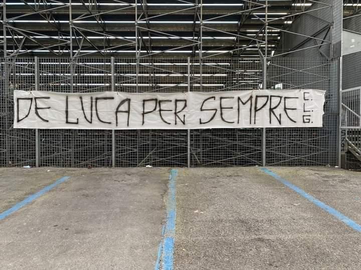 Siena: Oggi 31/03 la Curva Guasparri espone uno striscione in memoria di Paolo DeLuca