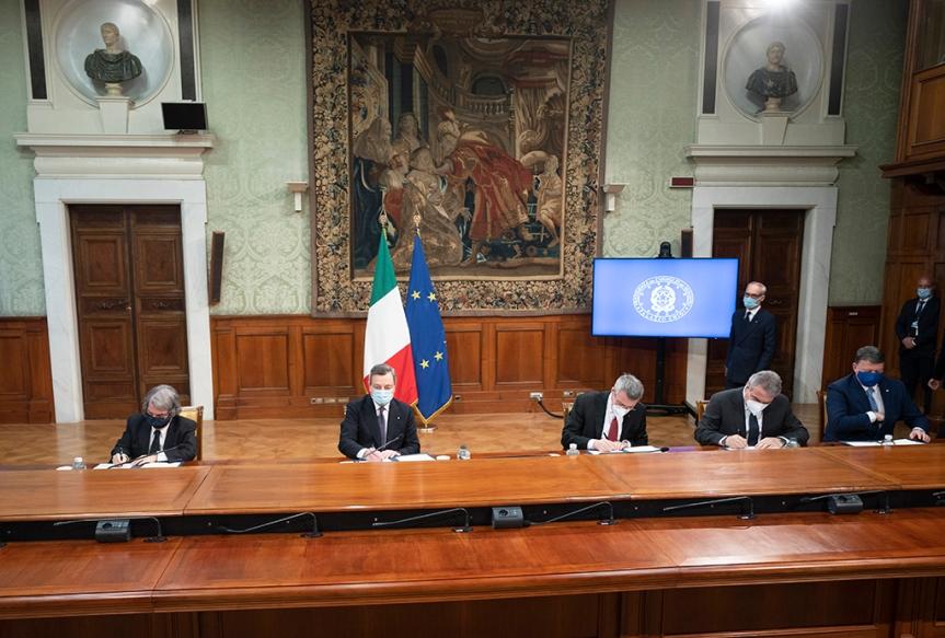 Italia: Firma del 'Patto per l'innovazione del lavoro pubblico e la coesionesociale'