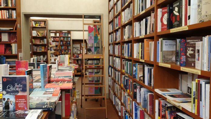 "Siena, Zona rossa e librerie aperte: ""Viviamo solo con la clientelasenese"""