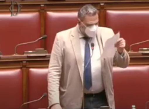Siena: Oggi 18/03 Luca Migliorino ( M5S ) parla alla Camer dei deputati dell'operazione HiddenPartner