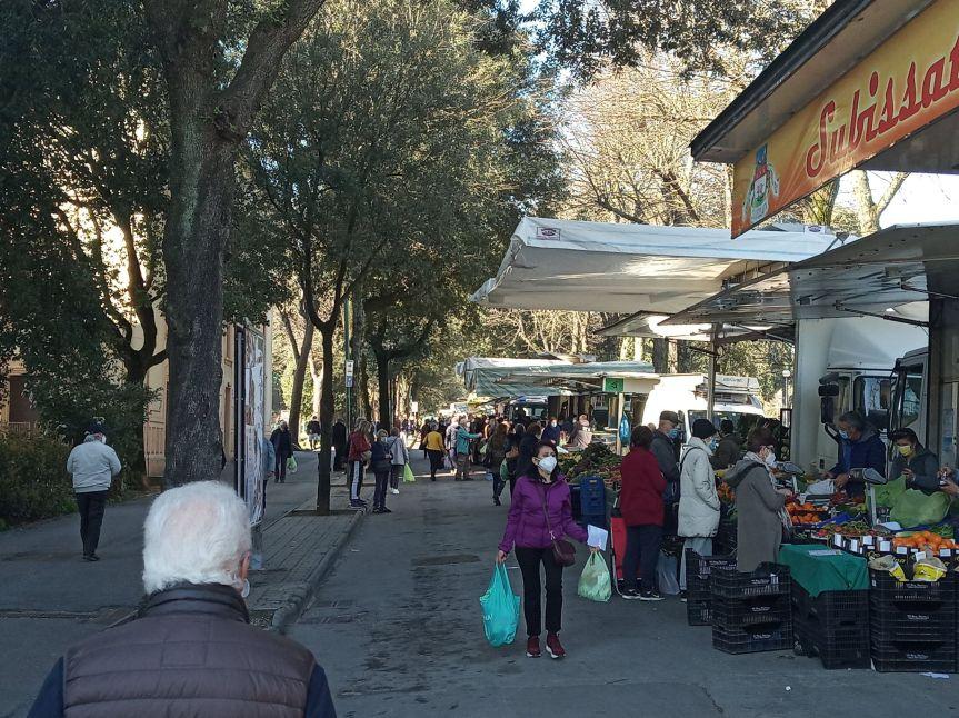 """Siena: Oggi 03/03 Covid, mercato """"ristretto"""" in zonarossa"""