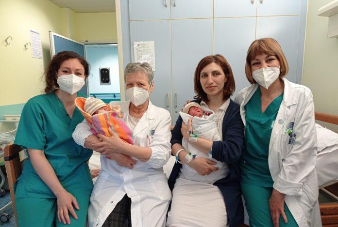 Provincia di Siena, Evento felice a Campostaggia: Parto gemellare naturale, benvenuti Aleksan eAni