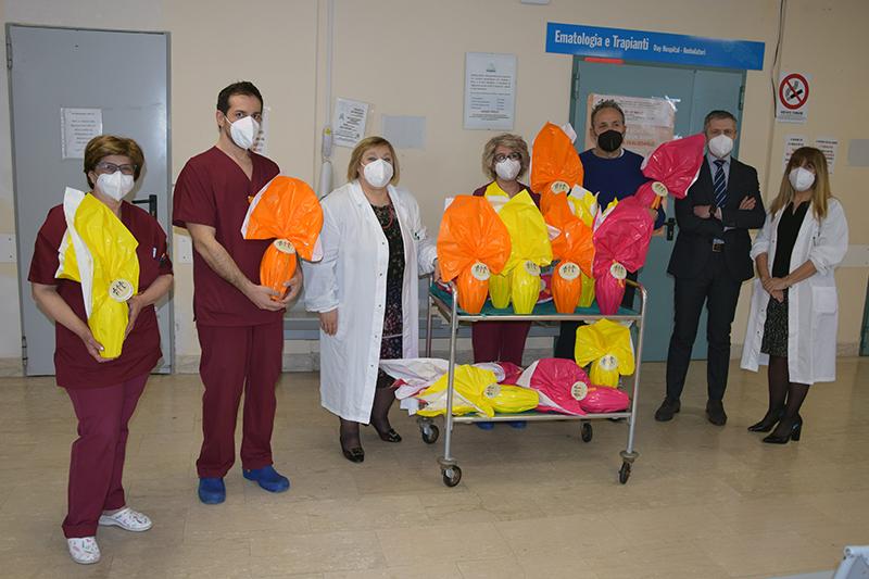 Siena: Ail Siena e Grosseto dona 170 uova di Pasqua ai pazienti e ai professionisti dell'AouSenese
