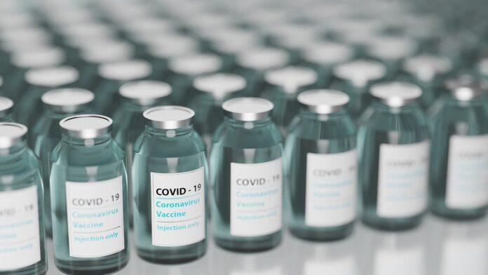 Toscana: Vaccini anti Covid, arrivate le nuove 74mila dosi per gli over80