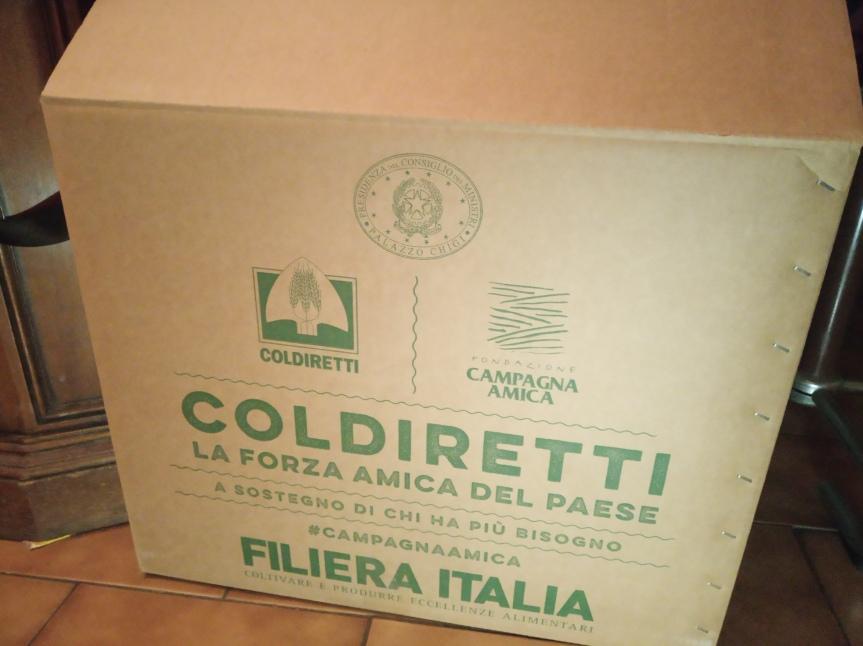 Siena: Pacchi di solidarietà al Circo diVienna