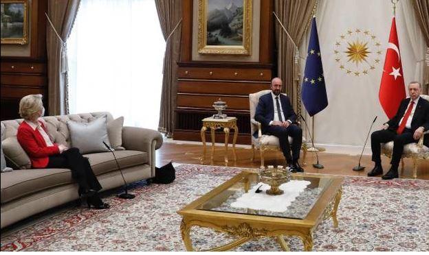"""Estero, Draghi attacca Erdogan sul Sofagate: """"È un dittatore. Ma ne abbiamobisogno"""""""