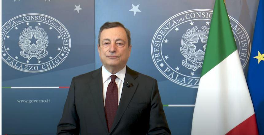 """Italia, Mario Draghi """"ora ha paura"""". Retroscena dopo il Cdm: """"Quando Salvini può uscire dalgoverno"""""""