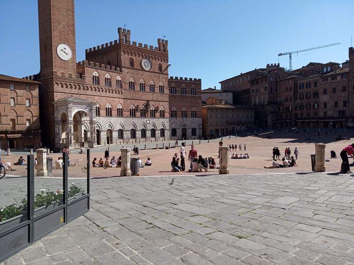 Siena:  Oggi 24/04 la situazione in Piazza delCampo