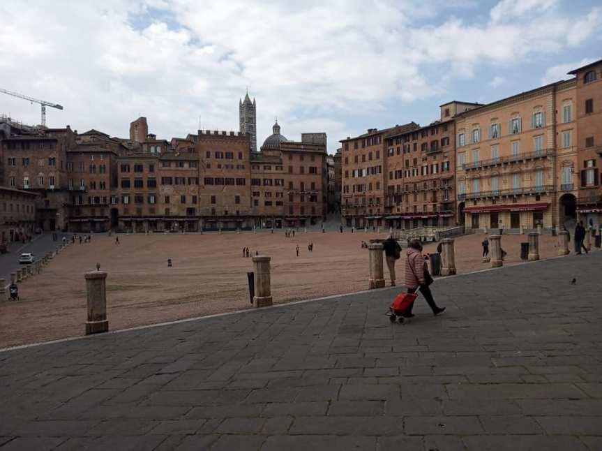 Siena: Oggi 03/04 Zona Rossa Pasquale, centro cittadino e immediate vicinanzedeserte