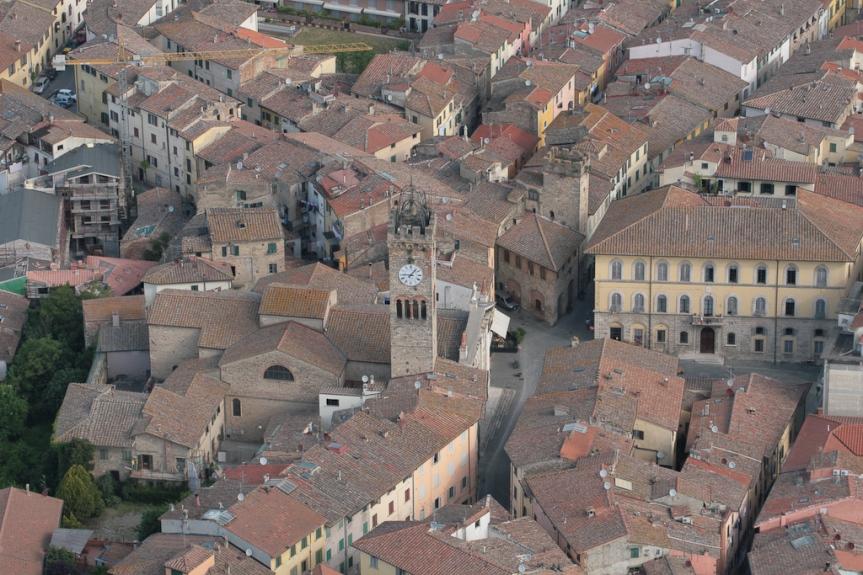 Provincia di Siena: Strade e marciapiedi, inizia l'intervento in largo Usilia aPoggibonsi