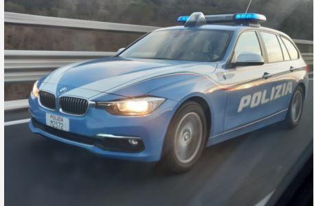 Siena, Ncc abusivo, Polizia sequestra il mezzo: Multe salate per conducente e titolare dellalicenza