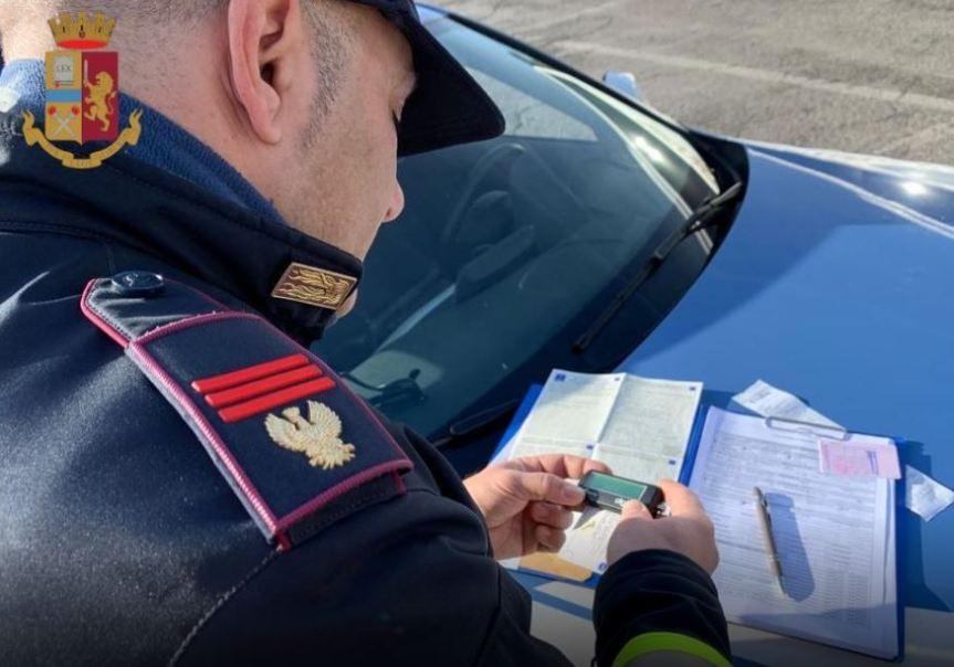Provincia di Siena, Guida senza patente e senza assicurazione: Denunciato dallaPolstrada