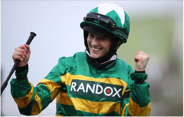 Ippica: Rachael Blackmore, a cavallo nella Storia vince il Grand National ad Aintree