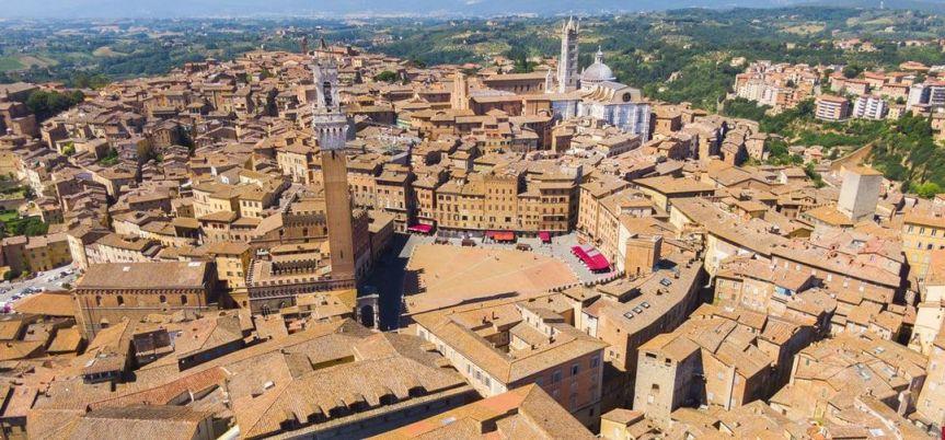 Siena, Crisi da Covid: In Consiglio istituzioni e parole, il finale peròmanca