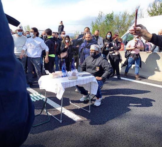 Toscana, Covid e riaperture: Nuova protesta dei ristoratori, bloccata l'autostrada A1. Una ventina isenesi