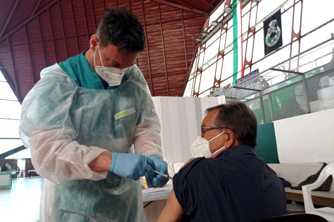 Siena, Johnson & Johnson: Oggi 25/04 le prime 750 vaccinazioni alPalaGiannelli