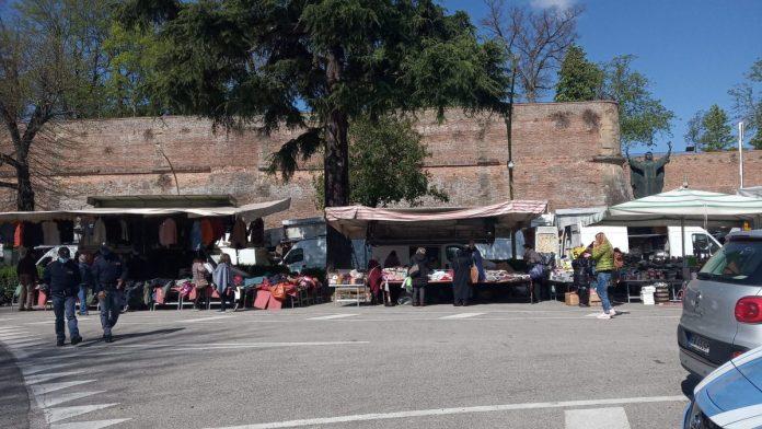Toscana: Ambulanti, la Regione approva la proposta di sospensione delDurc