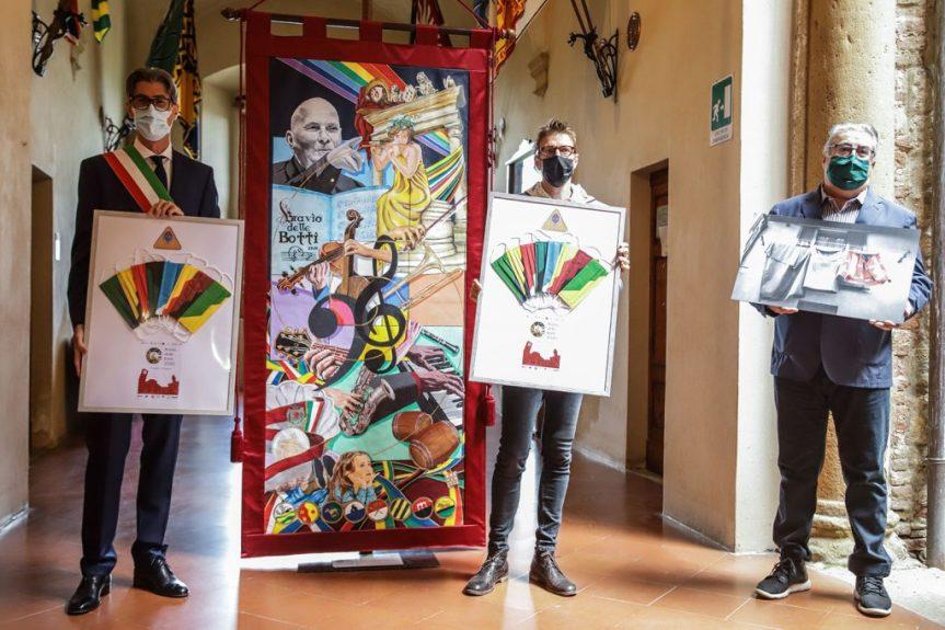 Provincia di Siena: Bravìo delle Botti, il panno 2020 esposto al pubblico all'interno delComune