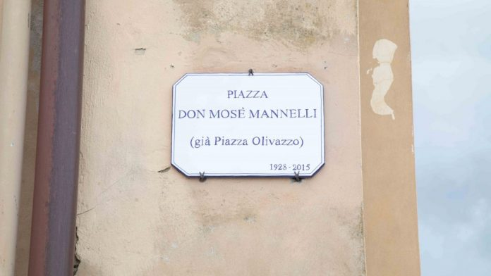 Provincia di Siena: Chiusi, Piazza dell'Olivazzo intitolata a Don MosèMannelli