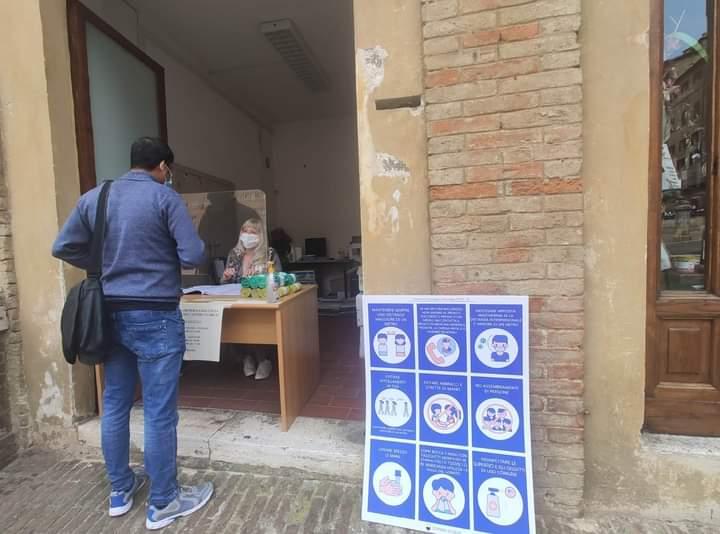 Siena: Domani 13/05 sarà sospesa la consegna dei sacchi per la differenziata in Piazza dalCampo