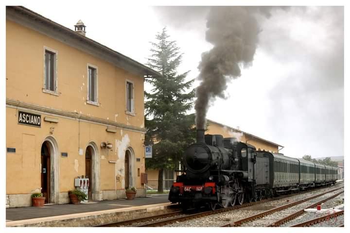 Provincia di Siena: 02/06 Trenonatura da Grosseto aAsciano