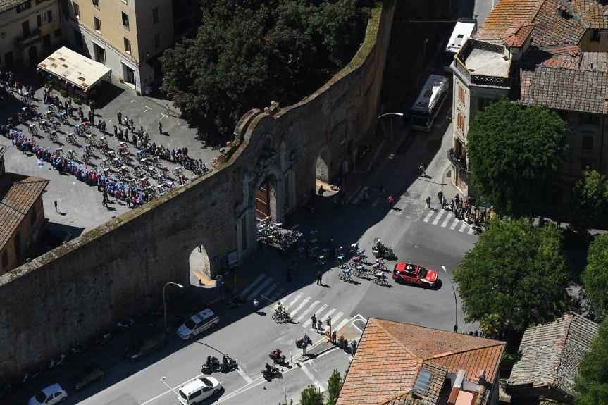 Siena: Oggi 20/05 Giro d'italia nella nostra città, alcuni scatti stupendidall'alto
